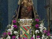 Pasa Virgen Grande sendero hombros mozos recorre pueblo
