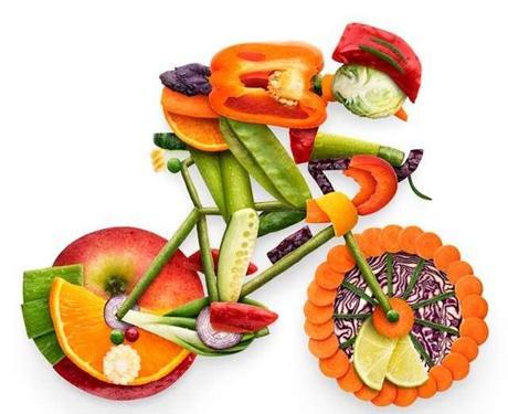 ¿Qué debemos comer y beber arriba de la bicicleta?