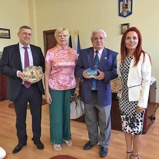 VERANO 2019. viaje a Dacia y Transilvania tras las huellas de Trajano    (6.1) Visita e importante encuentro con dirigentes de la Universidad de Petrosani