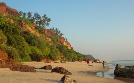 Varkala-Beach-Kerala ▷ Viajes femeninos en solitario en la India: ¿es seguro?