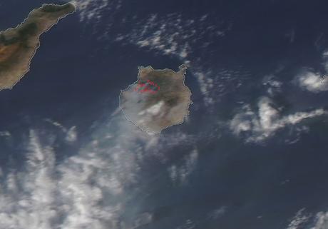 España: imagen satélite del humo del incendio en Gran Canaria (19-08-2019)