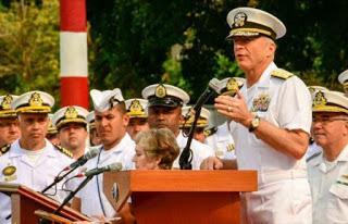 Marina yanqui espera orden de Casa Blanca para atacar