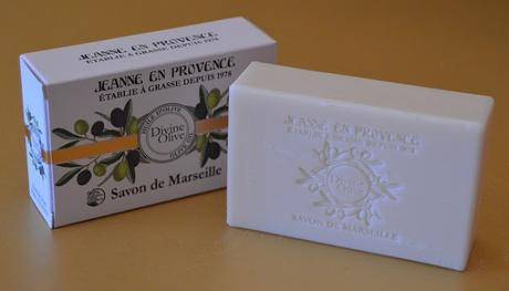 """La línea """"Divine Olive"""" de JEANNE EN PROVENCE - hidratando y protegiendo la piel con el oro verde de la Provenza"""