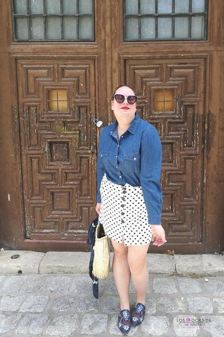 look tallas grandes de como combinar camisa vaquera de violeta by mango con falda de lunares zara y bolso redondo mimbre con mules