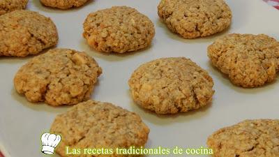 Receta fácil de galletas crujientes de avena y chocolate blanco