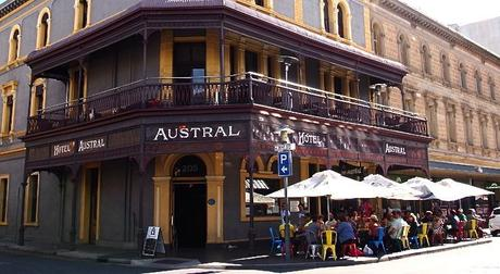 Adelaide-Austral-Hotel-Rundle-Street-East1 ▷ Opina sobre Cosas que hacer en Adelaida - guía de la ciudad por Cosas que hacer en Adelaida - guía de la ciudad - My Fashion Blog