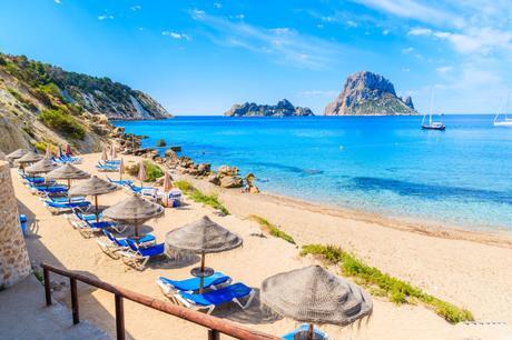 1568172015_325_¿Eres-un-amante-de-la-playa-Conoce-las-mejores-calas ¿Eres un amante de la playa? Conoce las mejores calas de Ibiza