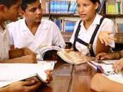Fomentan educación financiera jóvenes...