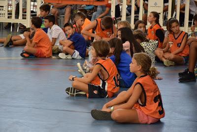 Galería de escenas del AE Boet Mataró-Bàsquet Femení Sant Adrià (fase previa de la Lliga Catalana de Liga Femenina 2)