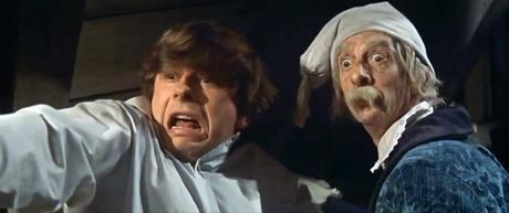 Alfred (Roman Polanski) y el Profesor Abronsius (Jack MacGowran).