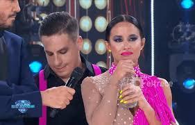 """""""Bailando"""": Lourdes Sánchez, sin consuelo tras sufrir una fuerte caída en su coreografía"""