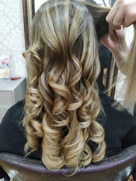 Colorea tu pelo sin miedo con la Técnica brasileña REVIVAL