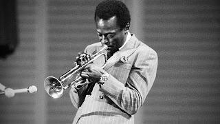 Miles Davis en Todos somos sospechosos