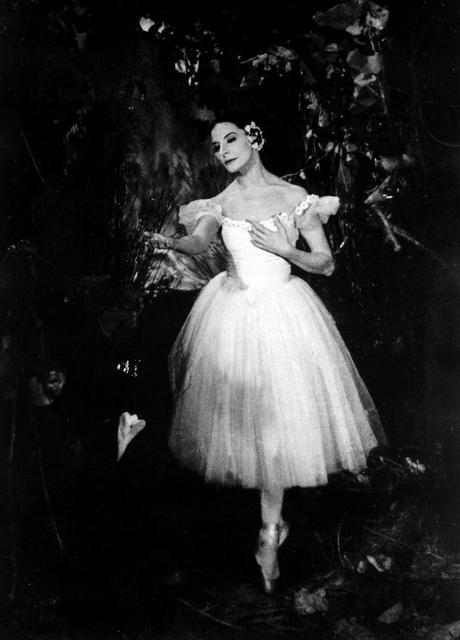 ¡Hoy ha muerto Giselle!. Adios Alicia Alonso, Prima ballerina assoluta.