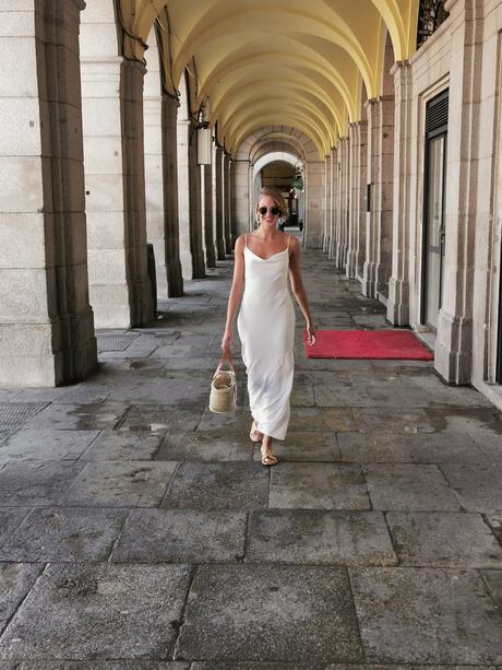 Vestido blanco, un básico en tu armario.
