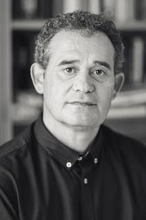 Novedad editorial: Viaje a la locura de José Manuel González (Versátil ediciones, 23 de septiembre de 2019)