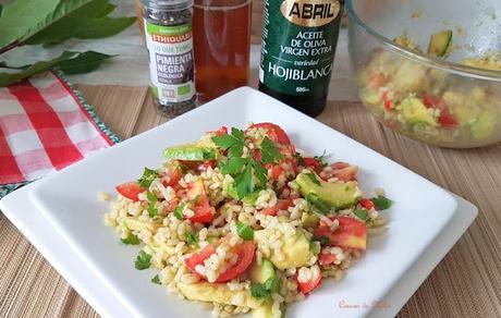 Ensalada de arroz con aceite hojiblanca de Abril #lunessincarne