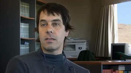 El astrónomo Gaspar Galaz expone la mirada de la ciencia y las preguntas que tratan de responder observando el espacio sideral.