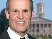 Gobernador estadounidense Tennessee criticado declarar ayuno oración estado