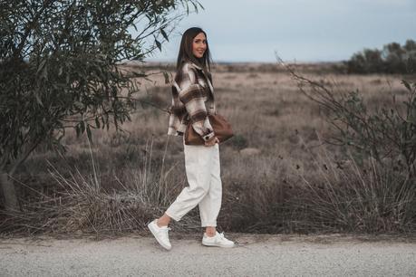 COLORES DE OTOÑO: SLOUCHY GIRL