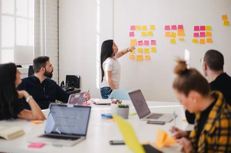 ¿Qué es la metodología Scrum? y cómo aplicarla a tu startup