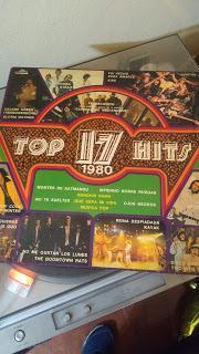 Pasando Revista: Las Edades de STATUS QUO y los 17 Top Hits