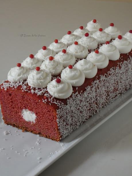Cake Tubo Red Velvet Coco