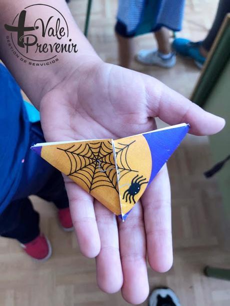 marcapaginas araña