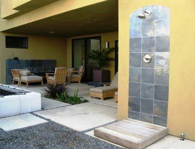 Duchas de exterior paperblog for Duchas para piscinas exterior