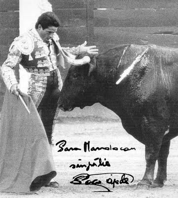 El toreo de Paco Ojeda bilaketarekin bat datozen irudiak
