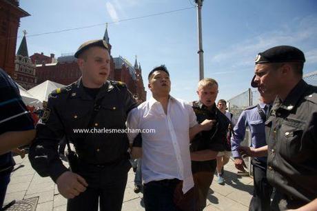 Moscú reprime el Orgullo Gay con nuevas detenciones