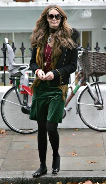 Elle MacPherson Super model Elle Macpherson is pictured out and about in West London, the 44 year old looked fabulous in a very chic autumn outfit.