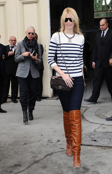 Claudia Schiffer - Paris Fashion Week Spring/Summer 2011 - Chanel Show Arrivals