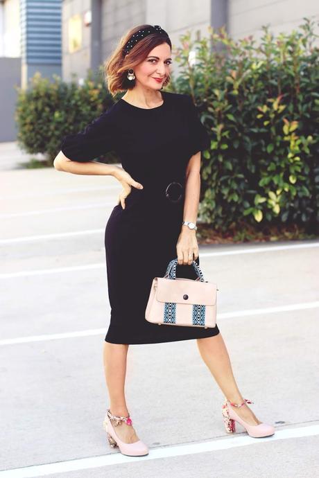 Vestido negro de cóctel
