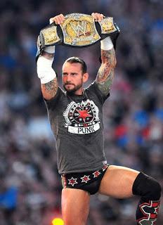 Vídeo CM Punk  regresa a la WWE