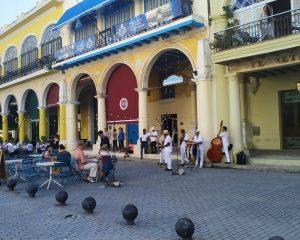casa de la cerveza- recorrido en la Habana