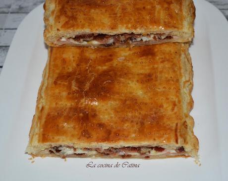 Empanada de bacon y dátiles