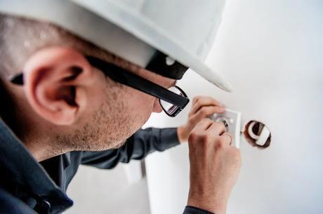 ahorrar dinero con un termo eléctrico de bajo consumo