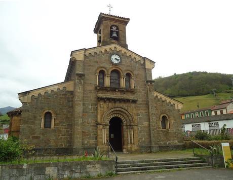 fachada principal IGLESIA DE SANTA EULALIA Camino del Salvador