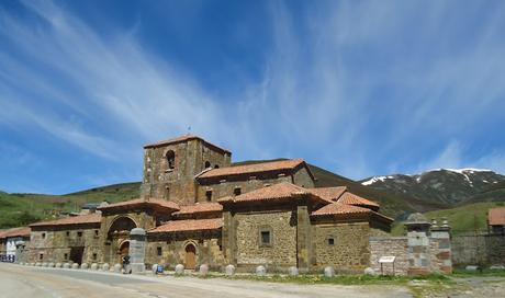 Colegiata Santa María de Arbas. Románico en el Camino del Salvador