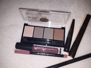 Amelia Cosmetics: BVloggers Donostia Moda y Belleza.