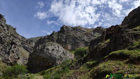 Entrada al desfiladero de los Calderones, León