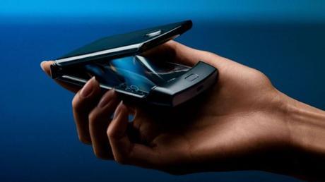 El regreso del icónico Motorola Razr, el celular plegable que llevó a la compañía a ser número 1 en ventas