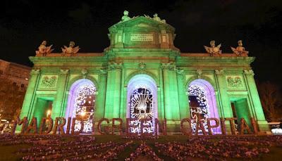 Exhibiciones lumínicas navideñas, crisis climática durante la COP25 y la llegada de Greta Thunberg a Madrid.
