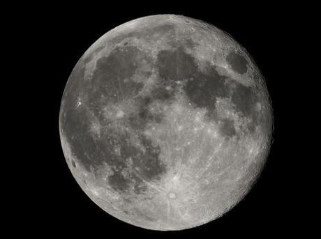 Viaja por la Luna  a través de todas la misiones lunares