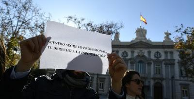 La Plataforma por la Libertad de Información denuncia ante la ONU el deterioro de este derecho en España.
