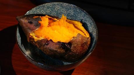 Jurel teriyaki con puré de boniato y mermelada de kiwi