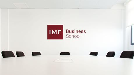 IMF Business School desmiente 5 bulos sobre los alimentos típicos en Navidad que no llegarán por Whatsapp