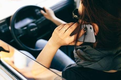 5 maneras de evitar la adicción a tu teléfono móvil y ser más eficiente
