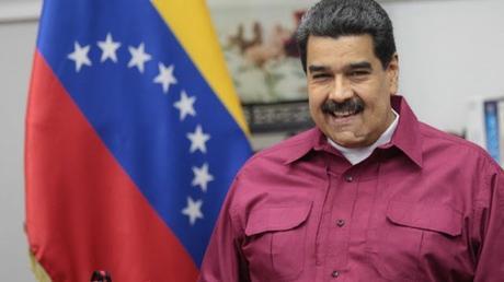 """#Venezuela: Maduro (@NicolasMaduro)  crea #bono navideño especial de 500 mil bolívares """"para cuatro millones de familias"""" #CarnetdelaPatria"""